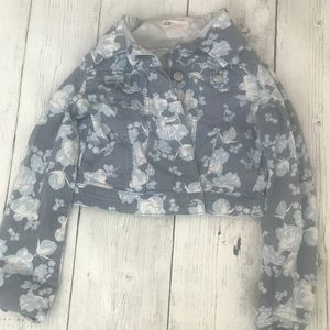 H&M Size 11-12 Girls Blue Flower Denim Jacket.